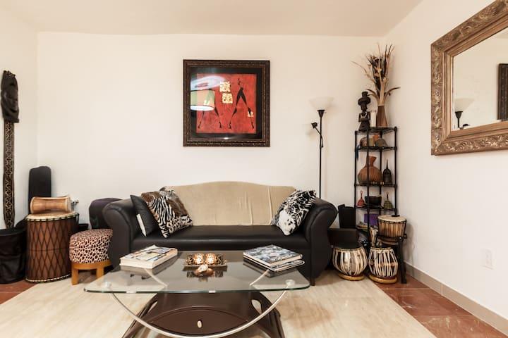 Luxury Villa: Entire Home OR Private Room - Miami - Villa
