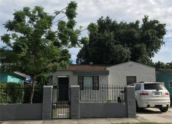 Casa de Vicente y Gladys