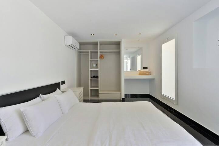 Bedroom number 8
