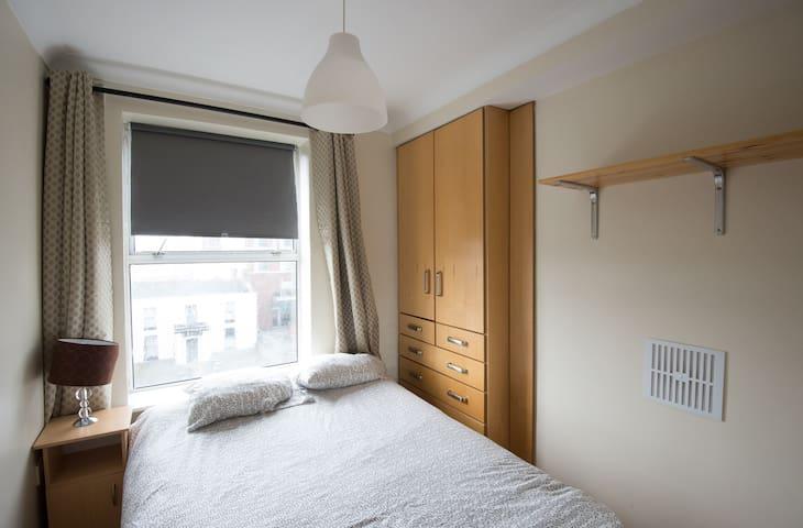 # 14 One bedroom flat