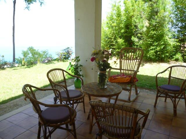 Appartamento giardino vista mare,Zambrone/Tropea