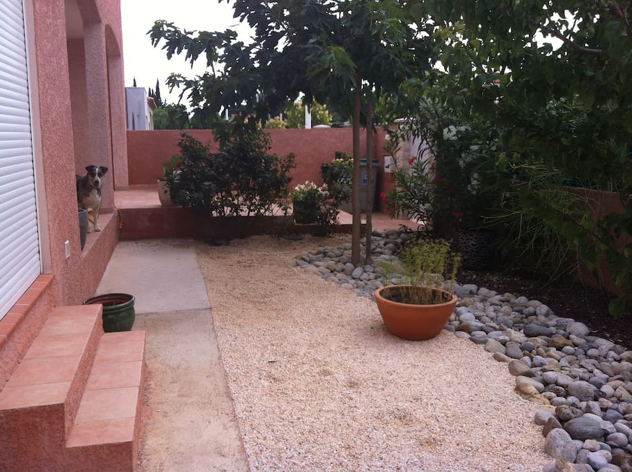 Villa avec piscine et jacuzzi appartements louer - Chambre avec jacuzzi languedoc roussillon ...