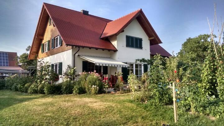 Ferienwohnung im Allgäu mit schönem Garten