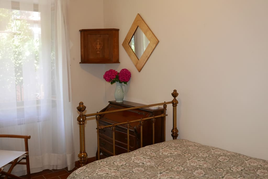 The second bedroom with queen size bed