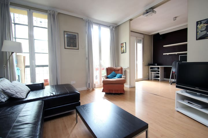 Central family friendly apartment