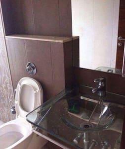 Luxurious Private Room in powai - Mumbai