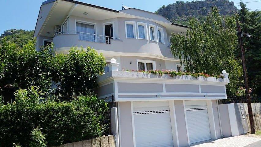 Luxury Villa Maria in Ohrid - Ohrid - Villa
