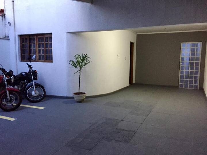 Quarto Individual/Casal/Duplo Mobiliado-Wanel Vile