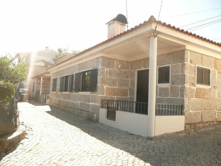 Cosy house  near to city center gui