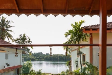 Charming River View Villa - Cavelossim