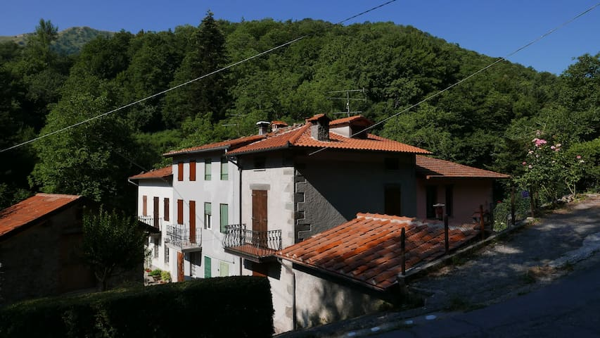 Cute mountain retreat in Pascoso, Lucca