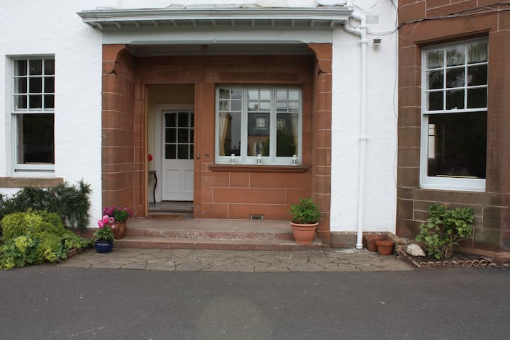 Lower Oranmore - North Berwick - House