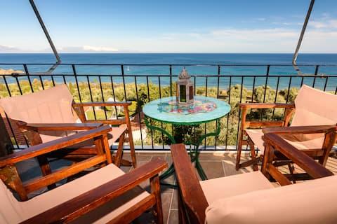 Eros home, perfekte Lage, Panoramablick aufs Meer