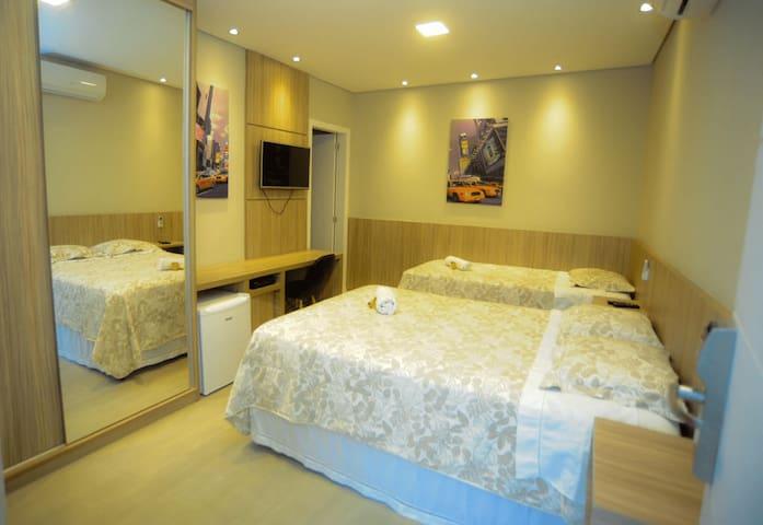 SJC Lindo quarto com banheiro privativo