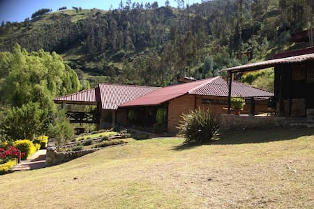 Casa de campo en Tomebamba Paute - Ecuador - Paute