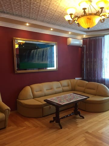 Super viewing of an apartment on the Dnieper