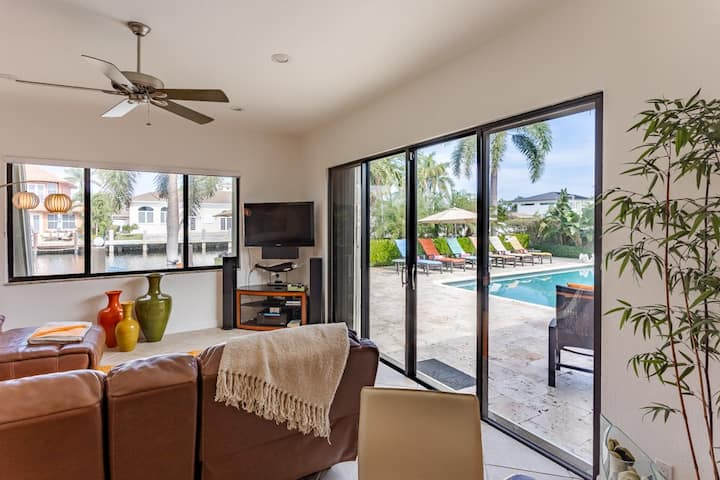 Vacationers Paradise, Spacious, Family-Friendly