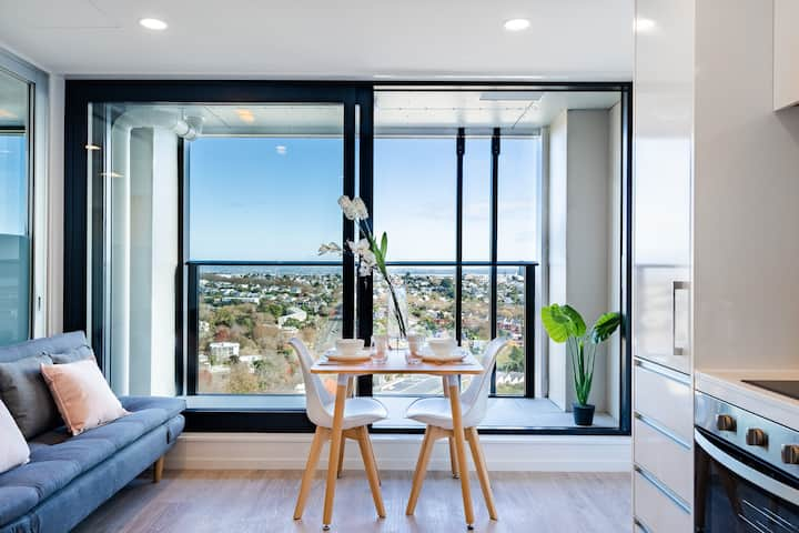 Penthouse Apartment in CBD with Amazing View