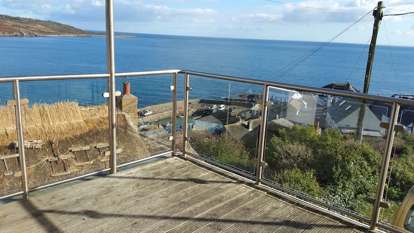Fabulous Views, Modern, Comfortable - Coverack - Rumah