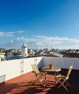 Suite/apto(independiente)+ terraza con baño, Mahon