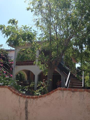 Casa vacanza a 100 mt dal mare - Agnone - Villa