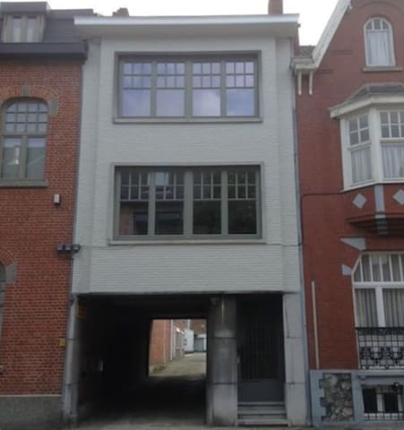 Ideally located Large cityhouse (Hasselt Centre)