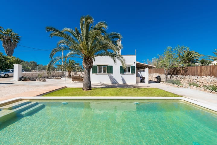 LAS ESTRELLAS - Villa for 4 people in Cala Llombards (Santanyi).