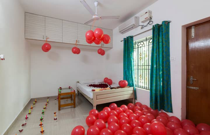 Living Edge Home stay Deluxe couple friendly