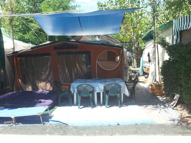 Roulotte+tenda Camping Verde Mare - Marina Palmense - Tenda