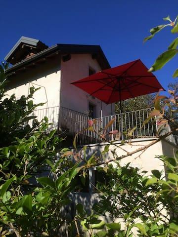 Villa Medusa - Maison de charme - Mergozzo - House