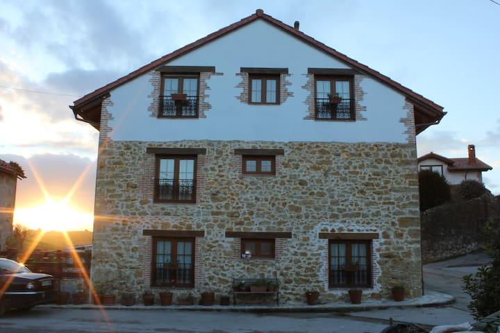 Apartamento casa rural en el Tejo - Ceceño - 一軒家