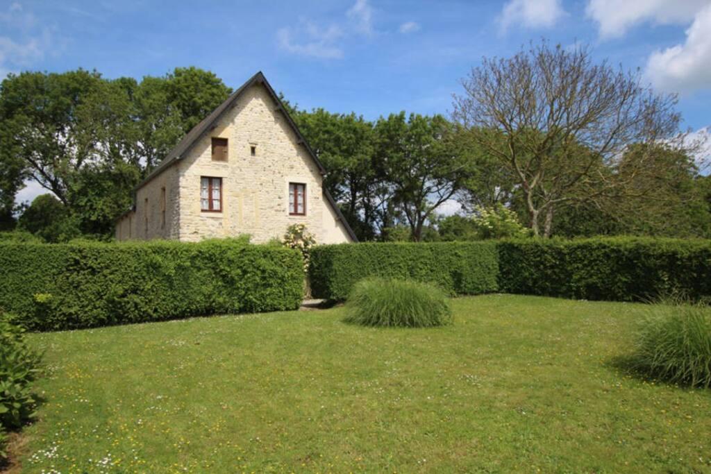 Haus und Garten/ Maison et jardin/ House and garden