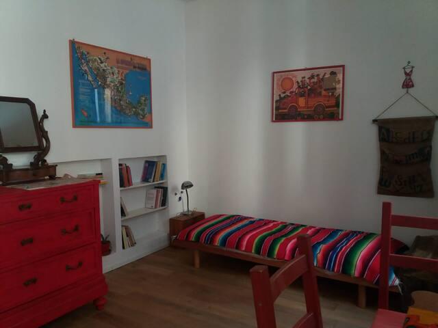 Graziosa camera indipendente in San Salvario