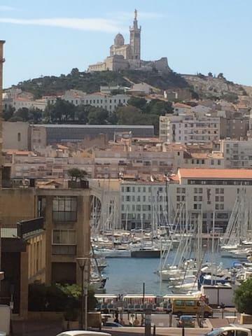 Grand T3 Vieuxport 1min Muceum 3min - Marselha - Apartamento