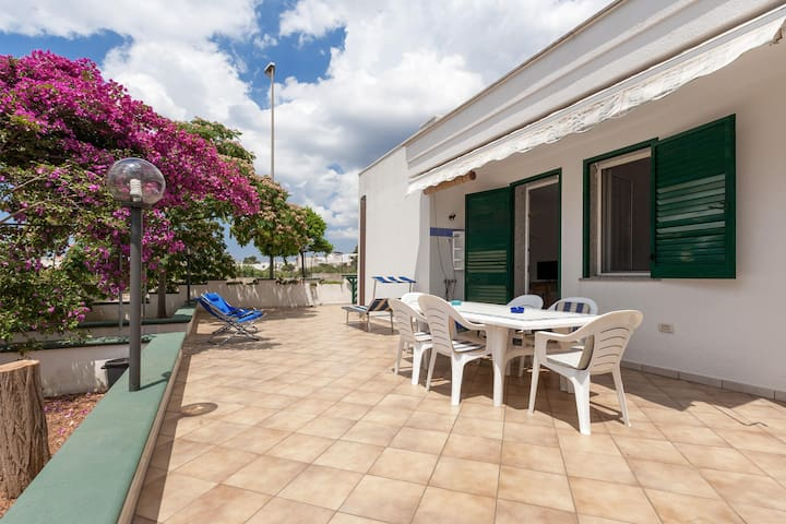502 House with Garden near the Sea in Torre Vado - Torre Vado - House