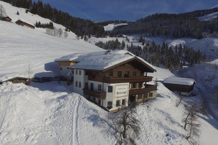 Apartamento moderno cerca de la zona de esquí en Maria Alm