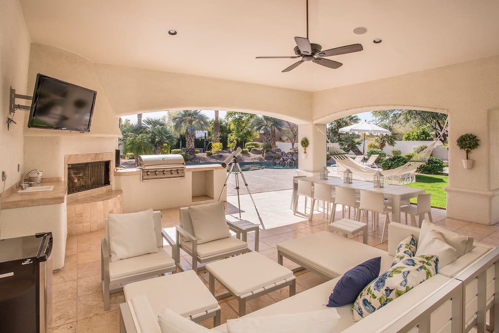 Amazing expansive covered patio