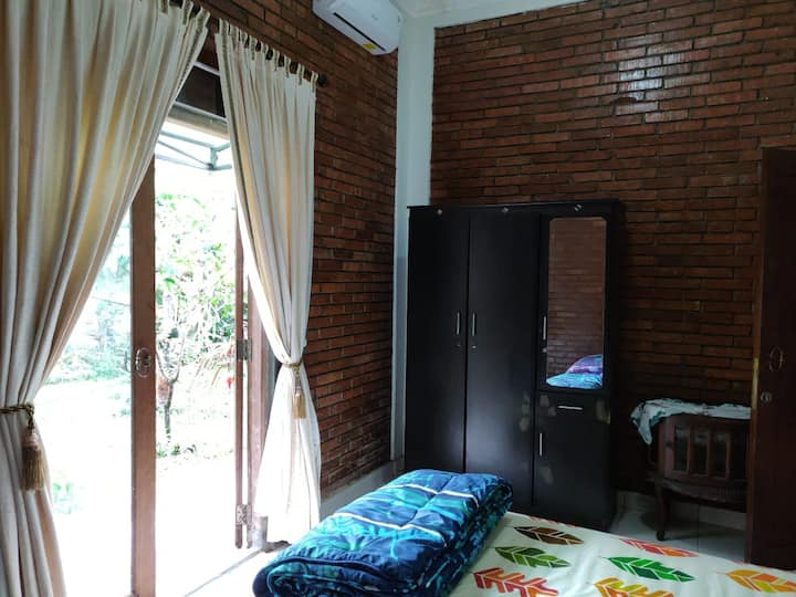 Elora Guest House in Central Magelang