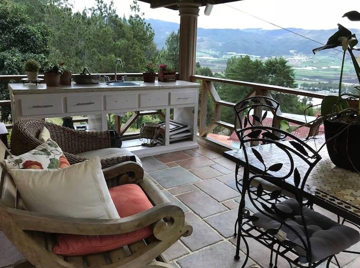 Family Villa in Constanza/Villa Familiar en Const.