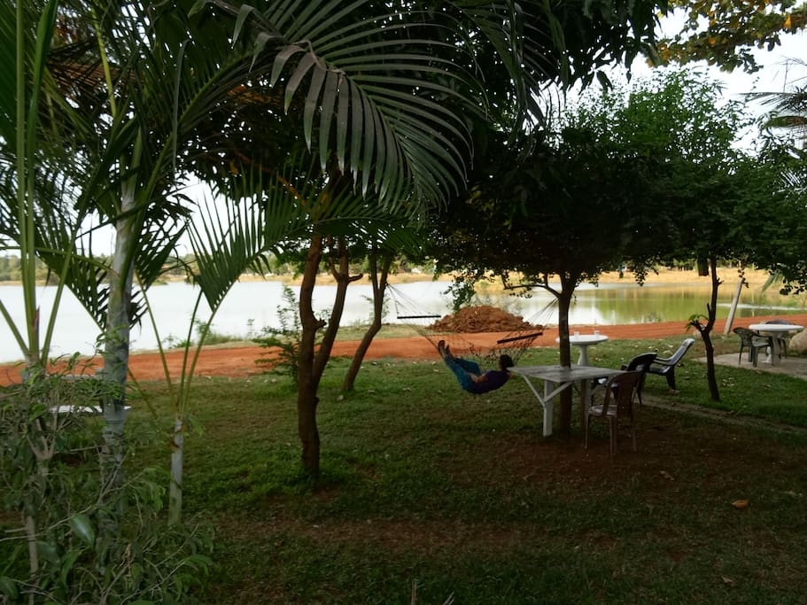 You can relax with hamac with view lake and garden.