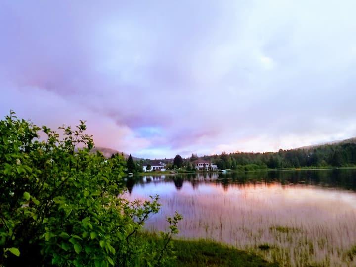 Chalet SCP situé près du lac.