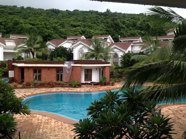 Pool view Apartment 07 near Baga,Riviera Foothills
