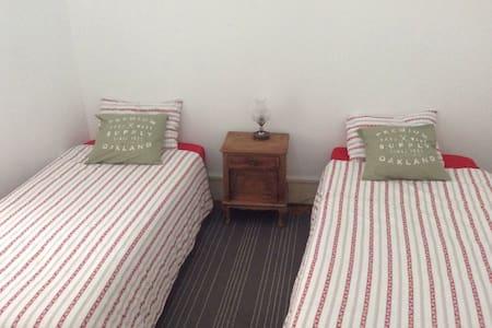 Two beds room - Lisboa