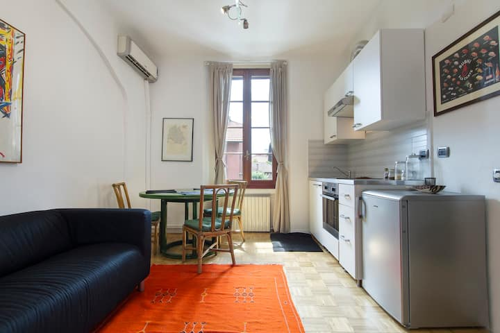 Cozy apt in Milan center - parking-