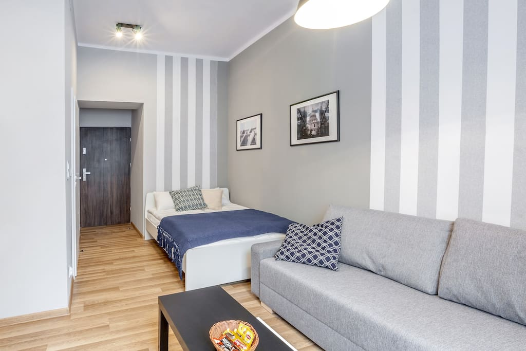 Studio right in the heart of the city
