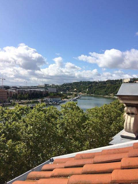 Chambre avec vue sur Saône