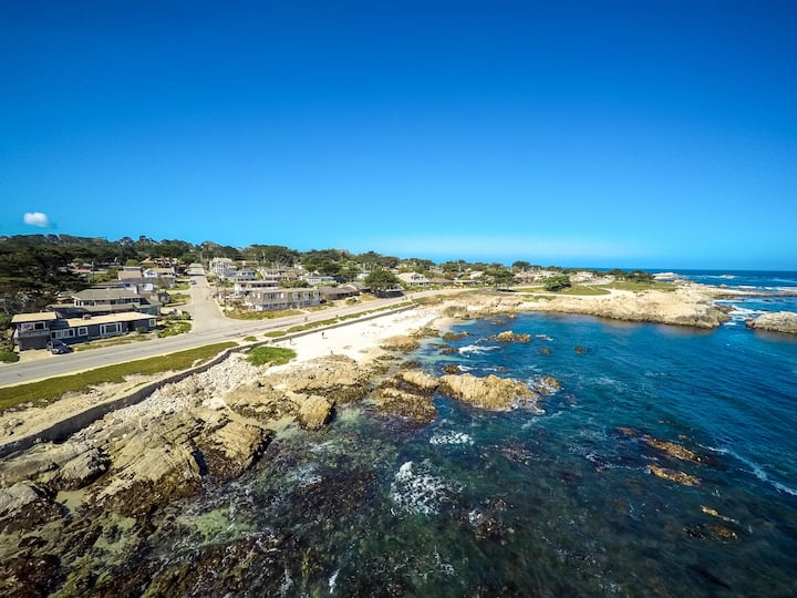 3730 Anchors Away ~ Spectacular Oceanfront Location, Steps from Bay and Trail
