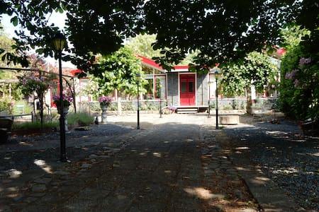 Corona-free: Former School near Gouda