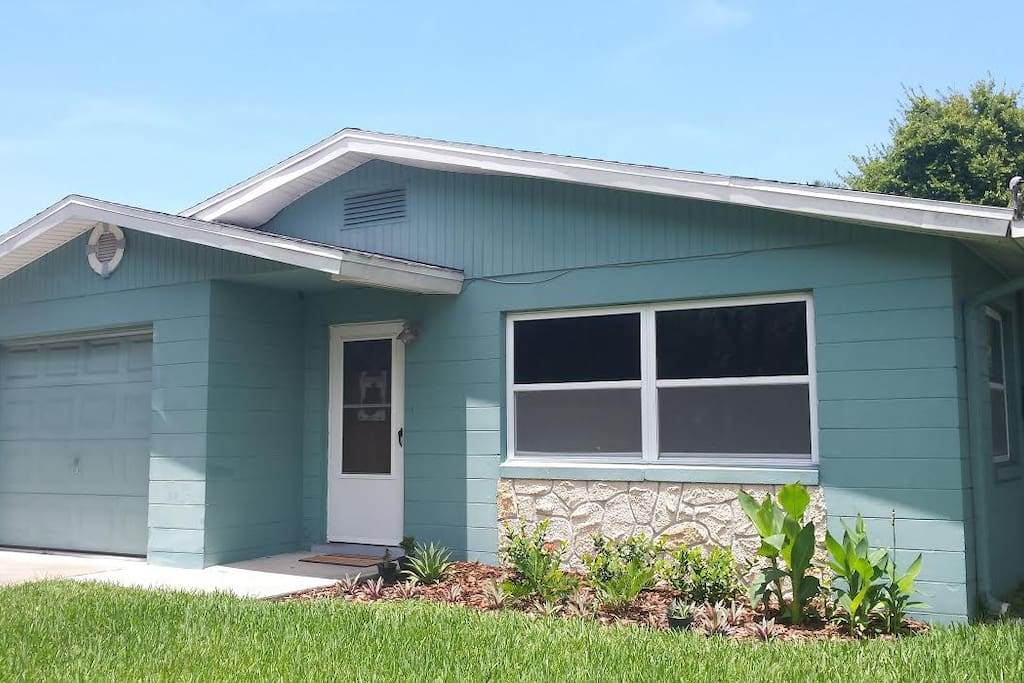 Pet friendly 1 5 miles to beach houses for rent in port orange florida united states - Houses for rent port orange ...