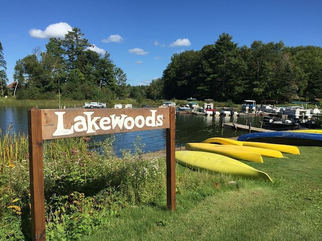 Rent free canoes and kyaks at the Marina